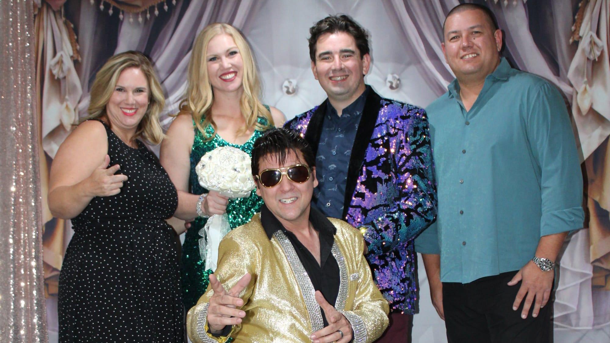 Las Vegas Elvis Wedding Chapel 8